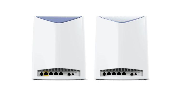 Sowohl Router als auch Satellit von Netgears WLAN-Reihe Orbi Pro besitzen jeweils vier Gigabit-Ethernet-Ports.