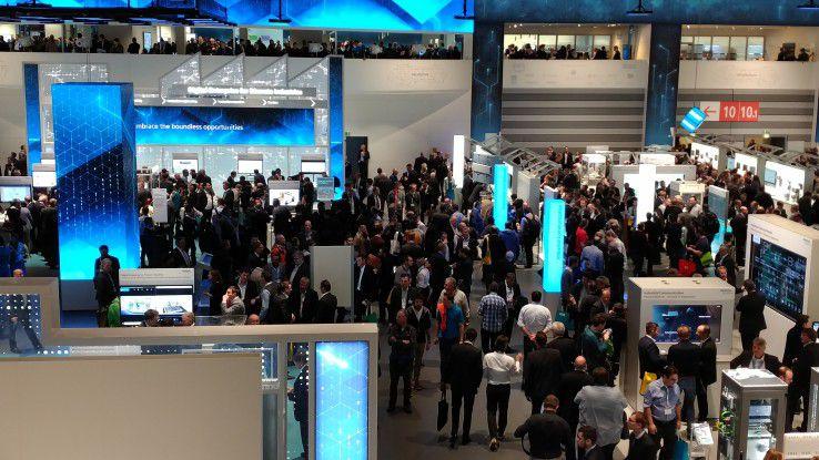 Gleich eine ganze Halle widmete Siemens auf der SPS dem Thema Digitalisierung.
