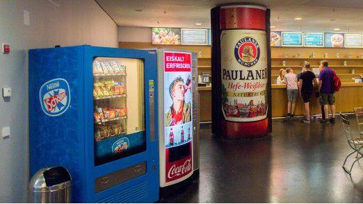 Später soll MindSphere die Besucher automatisch zu dem Bierausschank führen, an dem die wenigsten Menschen warten.