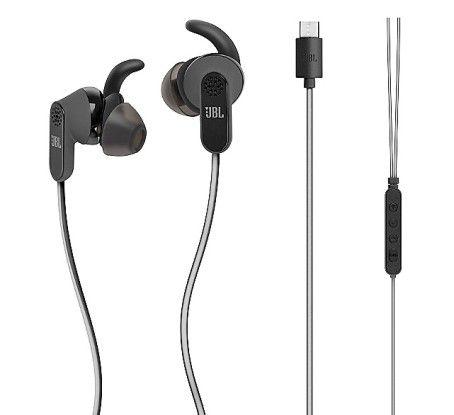 Die In-Ear-Kopfhörer JBL Reflect Aware C Earphones stecken Sie in die Micro-USB-C-Buchse Ihres Smartphones ein.
