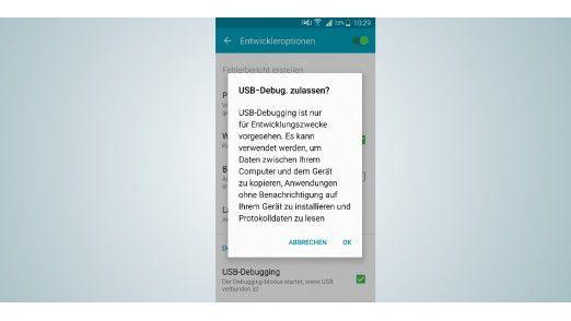 Voraussetzung für den Zugriff auf das Smartphone per ADB ist die Erlaubnis für USB-Debugging. Sie erteilen sie in den Entwickleroptionen.