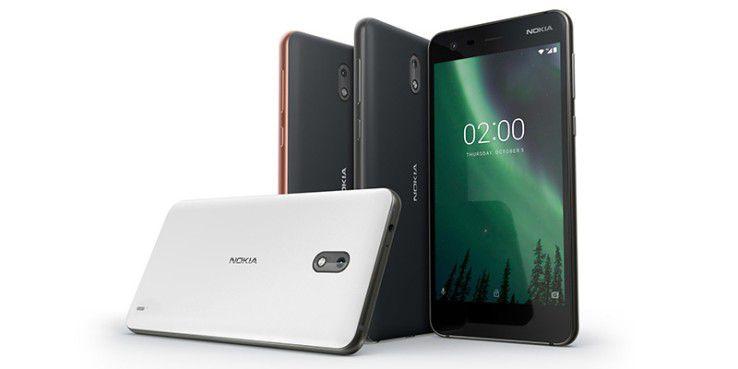 Das Nokia 2 ist relativ dick, hält dafür aber auch zwei Tage lang durch.