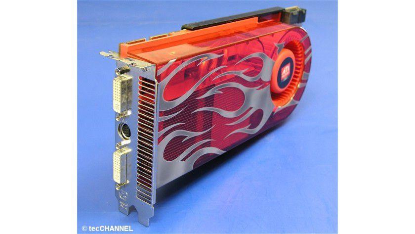 Der ATI-Neuling: Die Referenzkarte von ATI ist mit dem Radeon HD 2900 XT bestückt – das ist zurzeit das schnellste Modell des kanadischen Grafikchip-Herstellers.