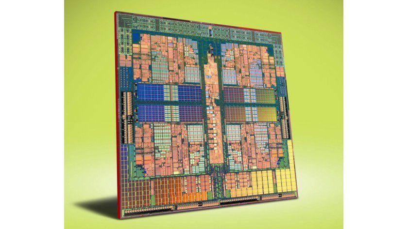 Nativer Quad-Core: AMDs K10-Architektur vereint vier Prozessorkerne auf einem Siliziumplättchen. Im Bild sehen Sie das Die des Desktop-Modells Phenom X4. (Quelle: AMD)