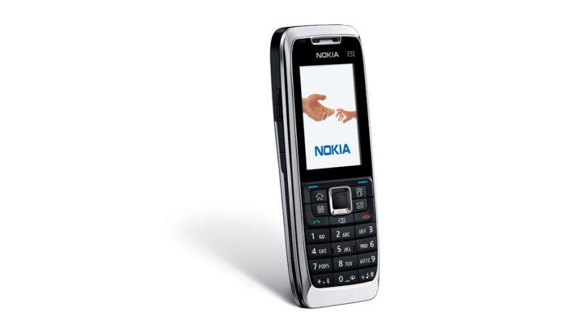 Low-End: Das E51 löst das E50 am unteren Ende der Business-Serie ab, entspricht aber voll dem derzeitigen technischen Standard. (Quelle: Nokia)