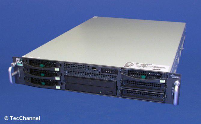 Allround-Server: Der Primergy RX330 S1 ist ein Standard-Rack-Server aus dem Hause Fujitsu Siemens.