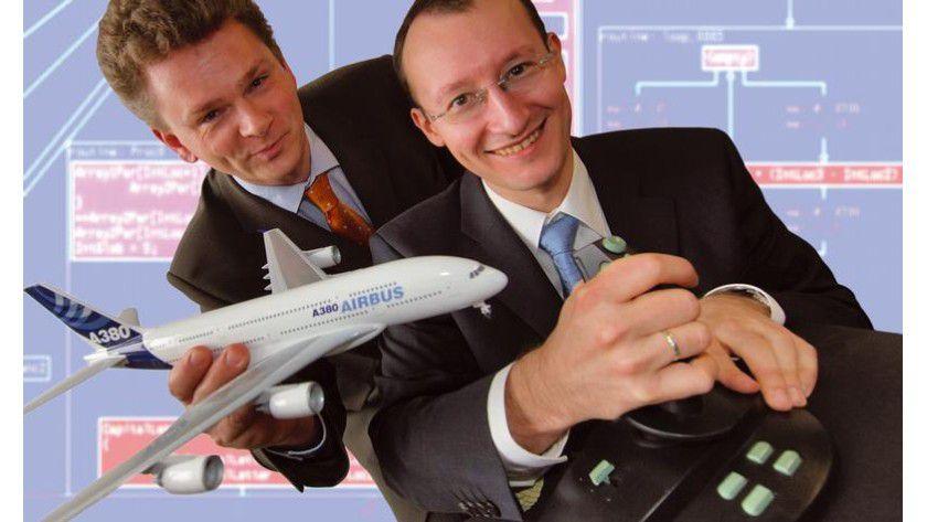 Dr. Christian Ferdinand und Dr. Daniel Kästner (AbsInt Angewandte Informatik) machen Zeitanalysen für die Flugzeugindustrie. Foto: Uni Saarland