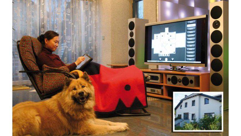 Haustechnik und Stereoanlage per Spracheingabe steuern: Das will EML auf der CeBIT demonstrieren. Foto: CIBEK/EML