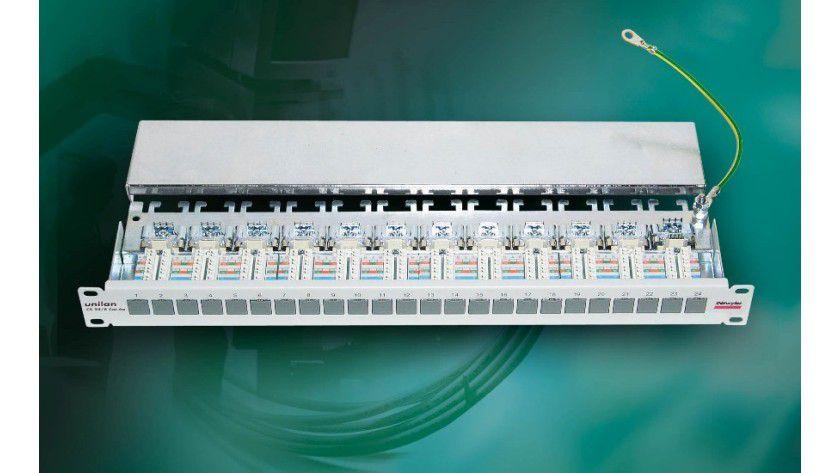 CS 24/8: Patchpanel für 10-Gigabit-Ethernet.