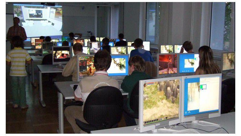 Die Lange Nacht der Computerspiele war im vergangenen Jahr so erfolgreich, dass es 2008 eine Neuauflage an der HTWK Leipzig gibt. FOTO: Klaus Bastian/HTWK Leipzig
