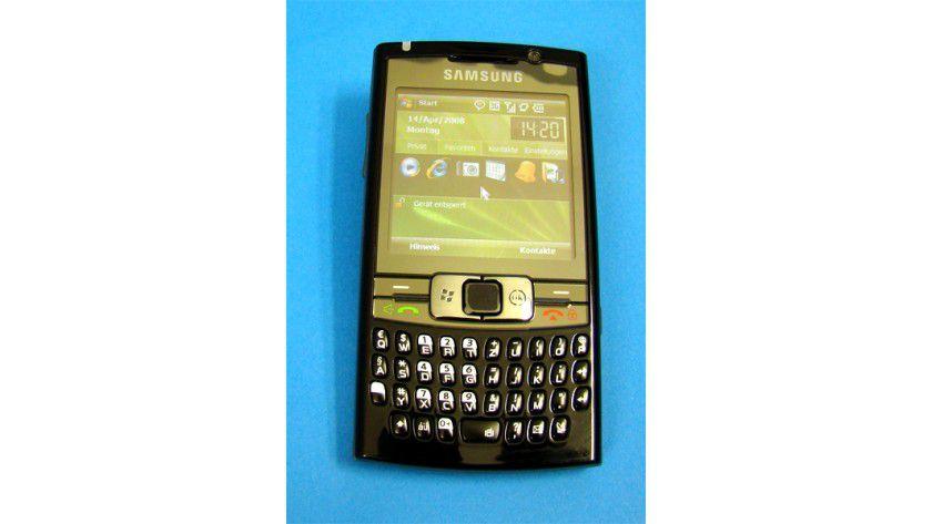 Mit Maus: Das SGH-i780 lässt sich per Touchscreen kontrollieren, bringt aber auch eine Maus mit.