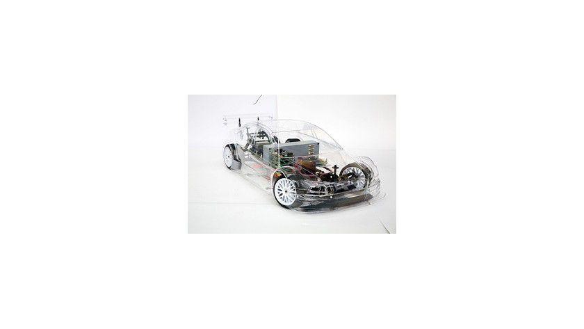 Eingebettet in moderne Fahrzeuge sorgt die im virtuellen Raum entwickelte Technik für Fahrkomfort und Sicherheit. Foto: Fraunhofer IESE.