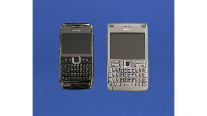 Neu und alt: Das neue E71 ist schmaler und handlicher als das E61.