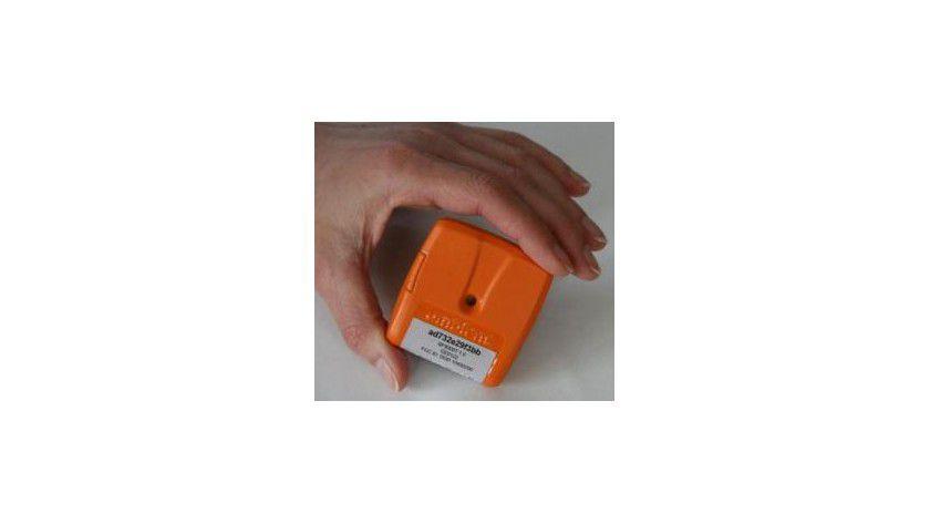 Intelligente RFID-Lösung: Der SmartPoint überwacht und speichert über integrierte Sensoren Parameter wie Temperatur, Feuchtigkeit oder Erschütterung. (Quelle: Ambient Systems)