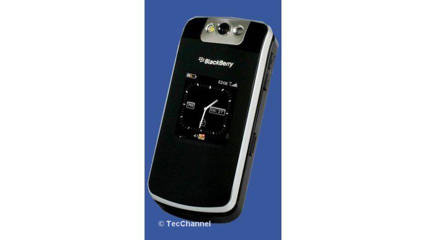 Zum Aufklappen: Der BlackBerry Flip kommt im Clamshell-Design.