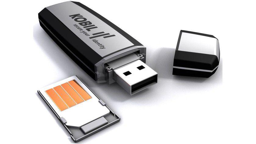 Sichere mobile Anwendungen: Kobil schützt bei der mIDentity-4smart-Serie die Anwendung im USB-Speicher über eine Smartcard. (Quelle: Kobil)