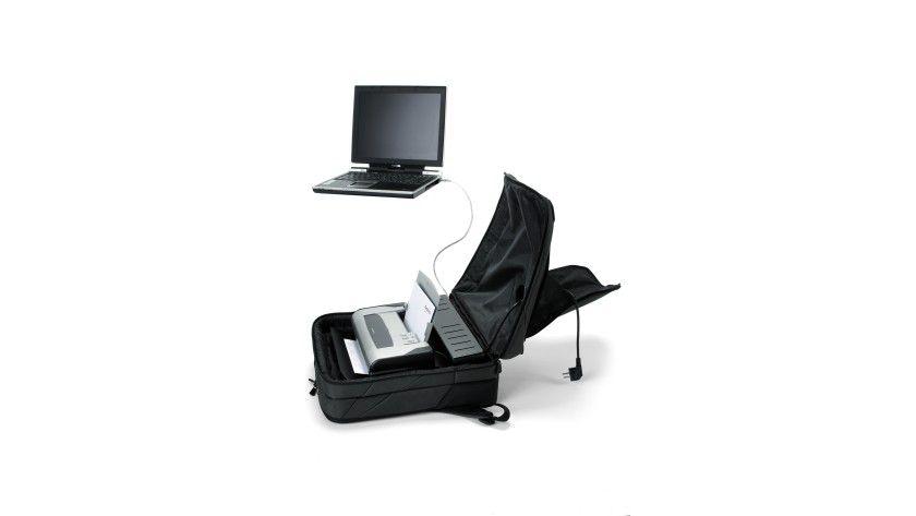 Mobiles Büro: Mit dem BacPac Printer lassen sich Notebook und Drucker mit auf Reisen nehmen. (Quelle: Dicota)