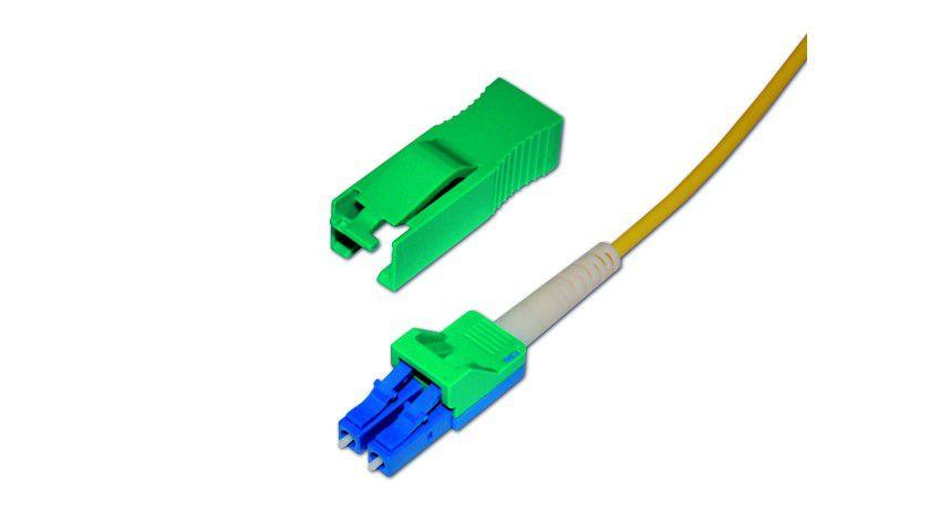 Nur mit Schlüssel lösbar: Verriegelbare LC-Steckverbinder von tde.