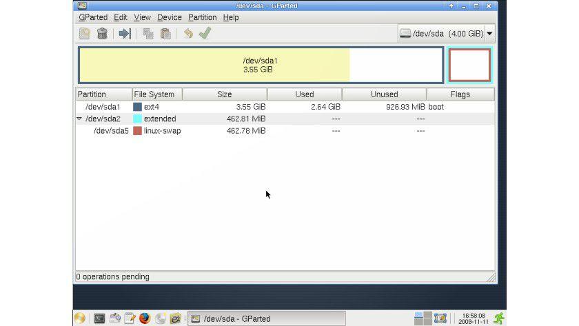 SystemRescuCd 1.3.2: Gparted ist ein fester Bestandteil.