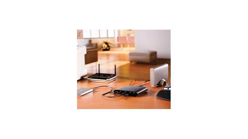 Bringt USB-Datenträger ins Netz: Iomegas Wireless iConnect Data Station.