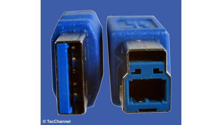 Kontakt bitte: Die Verbindung zwischen der Icy Box und dem USB-3.0-Steckkarte erfolgt über ein spezielles USB-3.0-Kabel.