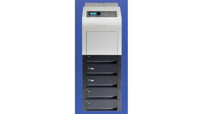 Ausbaufähig: Der FS-C5400DN lässt sich auf eine Papierkapazität von mehr als 2500 Seiten ausbauen.
