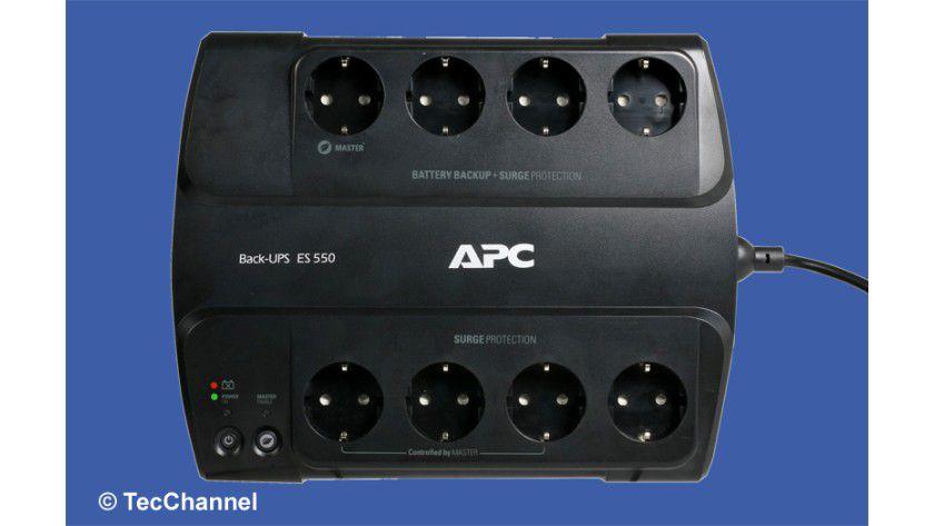 Schutzkontakte: Die unterbrechungsfreie Stromversorgung Back-UPS ES 550 stellt den angeschlossenen Verbrauchern auch bei einem Stromausfall Energie zur Verfügung.