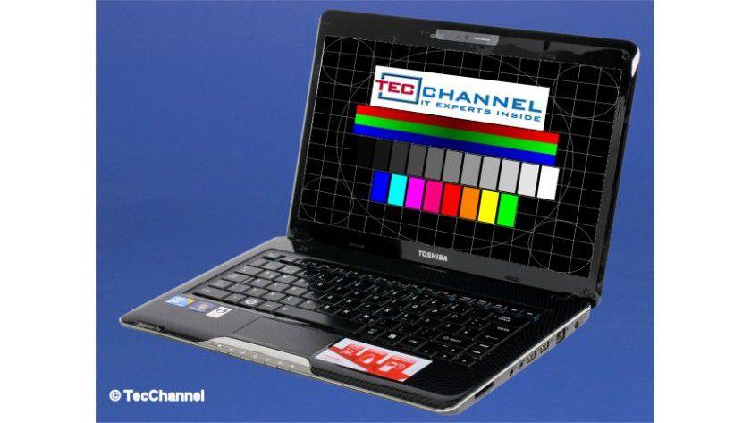 Toshiba Satellite Pro T130: Das 13,3-Zoll-Display arbeitet mit LED-Hintergrundbeleuchtung und einer Auflösung von 1366 x 768 Bildpunkten.