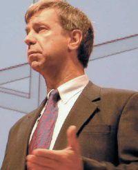 Gartner-Analyst Steve Prentice fordert realistische Zielvorgaben für IT-Projekte.