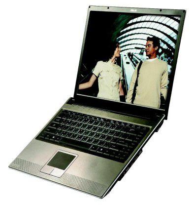 Typischer Vertreter der Doppelkern-Notebooks. Das V6J-8001P von Asus ist mit 1,83 GHz getaktet, mit 1024 MB Hauptspeicher ausgestattet und kostet 2500 Euro.