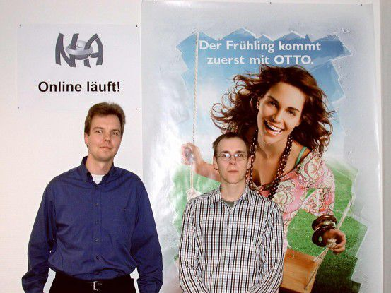 Nicolas Busch (links) und Christian Finckler durften recht früh nach ihrem Start beim Otto-Versand ein Team von Entwicklern leiten.