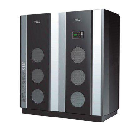 """""""Big Iron"""" von FSC. Nächstes Jahr soll BS2000 aber auch auf Itanium-Servern laufen."""