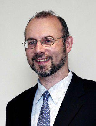 """Michael Wegmann, Roche Pharma: """"Wer früher aufsteigen wollte, musste in die Linie wechseln. Heute existieren mehr Karrieremöglichkeiten."""""""