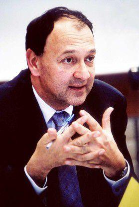 """Paul Hermelin, CEO von Capgemini: """"Die Akquisition von Kanbay unterstützt unsere Wachstumsstrategie und erweitert unser Dienstleistungsangebot im Banken- und Versi-cherungswesen erheblich."""""""
