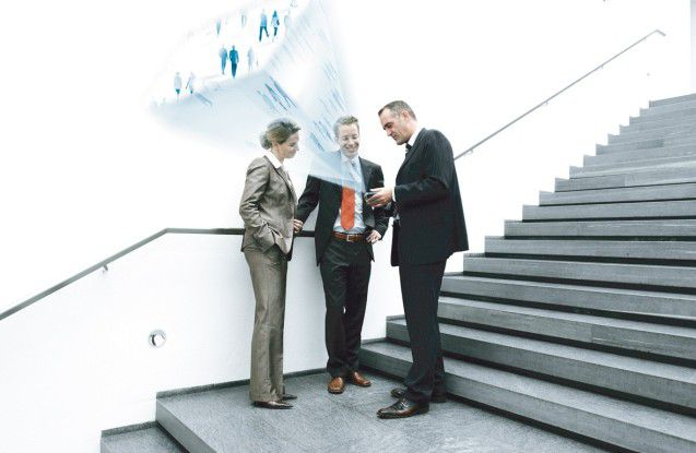Vor allem in großen Unternehmen sind ständig Rollen und Berechtigungen zu verändern.