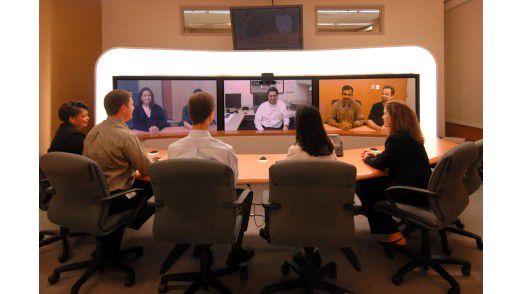 Virtuelle Meetings sparen Reisekosten sowie Zeit und Nerven beim mobilen Management.