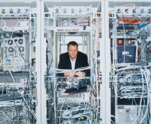 """Peter Blenninger, Baaderbank: """"Ich nutze das Business-Netzwerk, um schnell Informationen über neue Kollegen oder Dienstleister zu bekommen."""""""