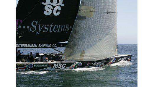 """T-System sponsert das Segelteam von Shosholoza. Das Wort bedeutet in der Zulu-Sprache etwa """"vorwärts"""", """"mutig nach vorn schauen"""", """"die Ärmel hochkrempeln""""."""