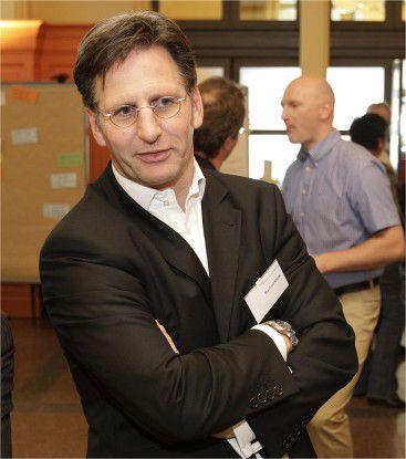 Manfred Klunk, IT-Chef bei der Kassenärztlichen Vereinigung Bayern, rät zum Blick nach vorne.