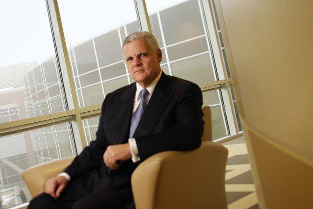 Joe Tucci, CEO von EMC, zielt mit seinen Produktofferten auch auf kleine und mittelständische Unternehmen.