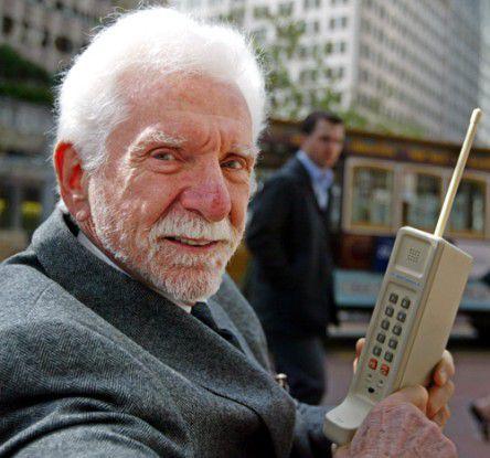 25 jahre kommerzielle mobiltelefonie der bimmelnde for Erfinder der sms