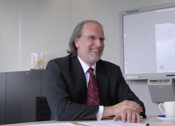 Christoph Kollatz, SIS, hat das Unternehmen verlassen.
