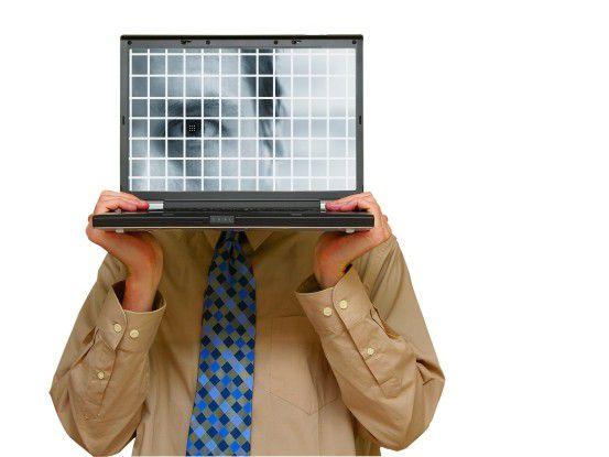 Viele Softwareentwickler können sich zwar gekonnt auf dem virtuellen Parkett bewegen, im wirklichen Leben tun sie sich aber in Sachen Kommunikation mit Kollegen und Kunden schwer. (Foto: ZIMMYTWS/FOTOLIA)