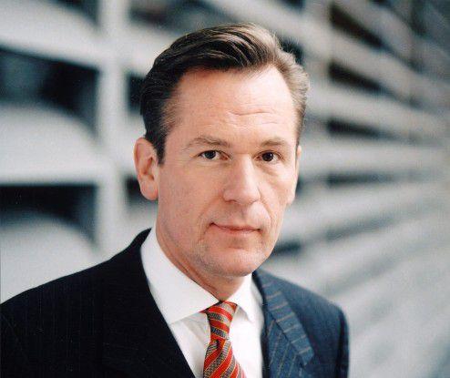 Matthias Döpfner, Vorstandsvorsitzender der Axel Springer AG, fordert eine faire Beteiligung an den Umsätzen im Internet und Schutz des geistigen Eigentums.