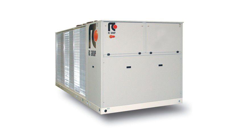 Intelligente Klimatisierung: Free-Cooling-Kaltwassersätze bieten Einsparpotenziale immer dann, wenn Kaltwasser bei niedrigen Außenlufttemperaturen erzeugt werden muss.