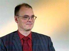 CW-TV: Gartner-Analyst Michael von Uechtritz rät beim Outsourcing zu einer Laufzeit von drei Jahren mit einer Verlängerungsoption von zwei Jahren.