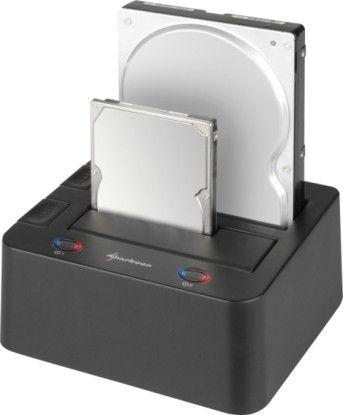 Mit Sharkoon Quickport Duo lassen sich Festplatten ohne viel Gefummel austauschen. Für den dauerhaften Betrieb der Massenspeicher ist das Gerät aber nicht ausgelegt.