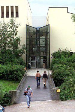 Die Universität Passau setzt auf Informatik und hat ihr Studienangebot erweitert.
