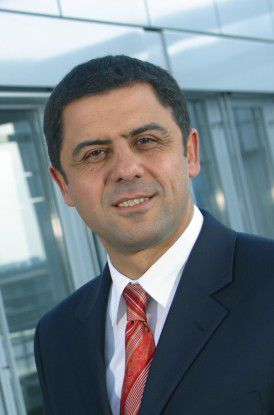 BTC-Vorstandschef Bülent Uzuner versteht seine Kollegen nicht, die wegen des Fachkräftemangels jammern.