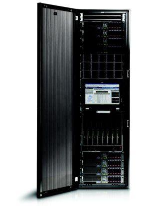 Das Migrations-Tool ML-iMPACT/Java soll den Einsatz von AS/400-Applikationen auf HP-Integrity-Servern (im Bild ein HP Integrity NonStop Blade) ermöglichen.